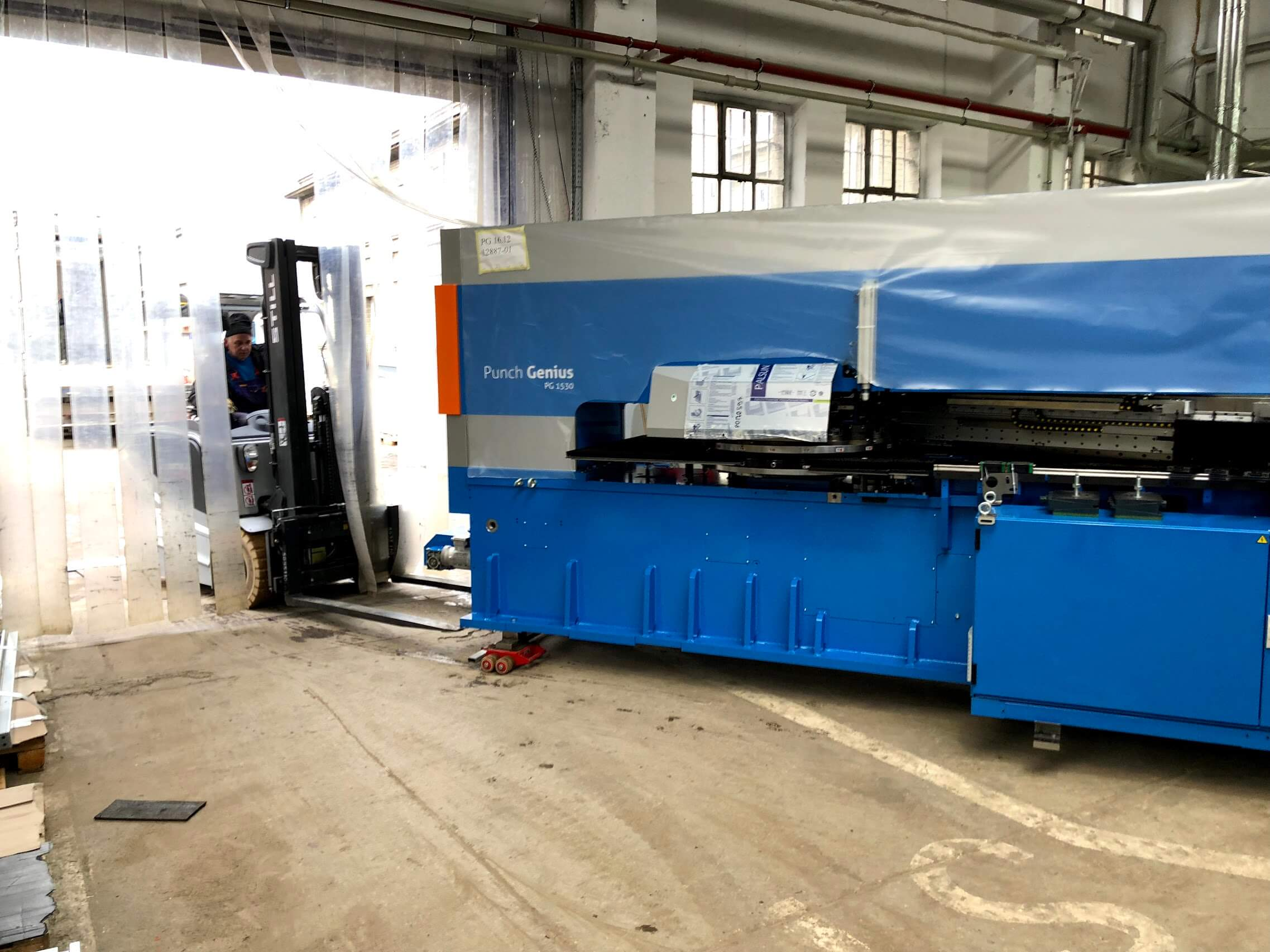 GDYNIA Relocation of punching machines